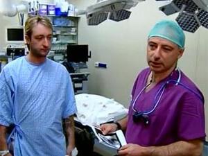 Хирург Илья Пекарский